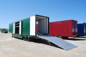 Hydraulic Ramp on Semi Trailer Extended