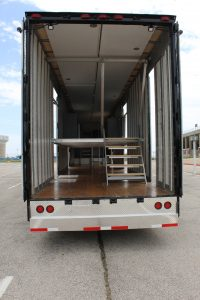 Mesquite High Band Semi Trailer Traditional Interior Layout with Retracting Stairs