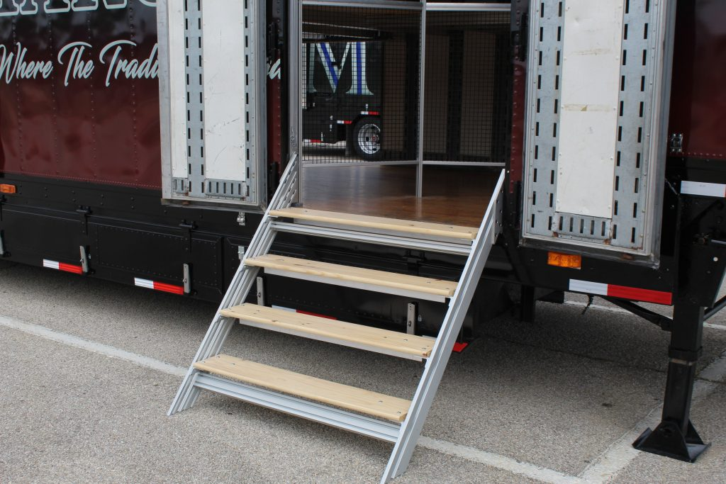 Clubhouse Trailers High School Semi Trailer Entry Kit