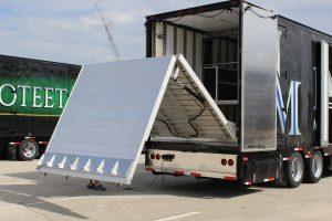 North Mesquite Band Semi Trailer Full Hydraulic Rear Ramp Diamond Semi Trailer Rear Bumper