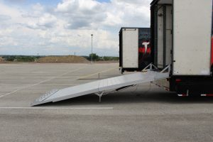 North Mesquite High Semi Trailer Full Width Ramp