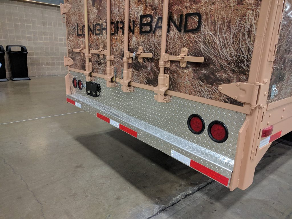 Custom Diamond Treadplate Rear Bumper for High School Marching Band Equipment Semi Trailer
