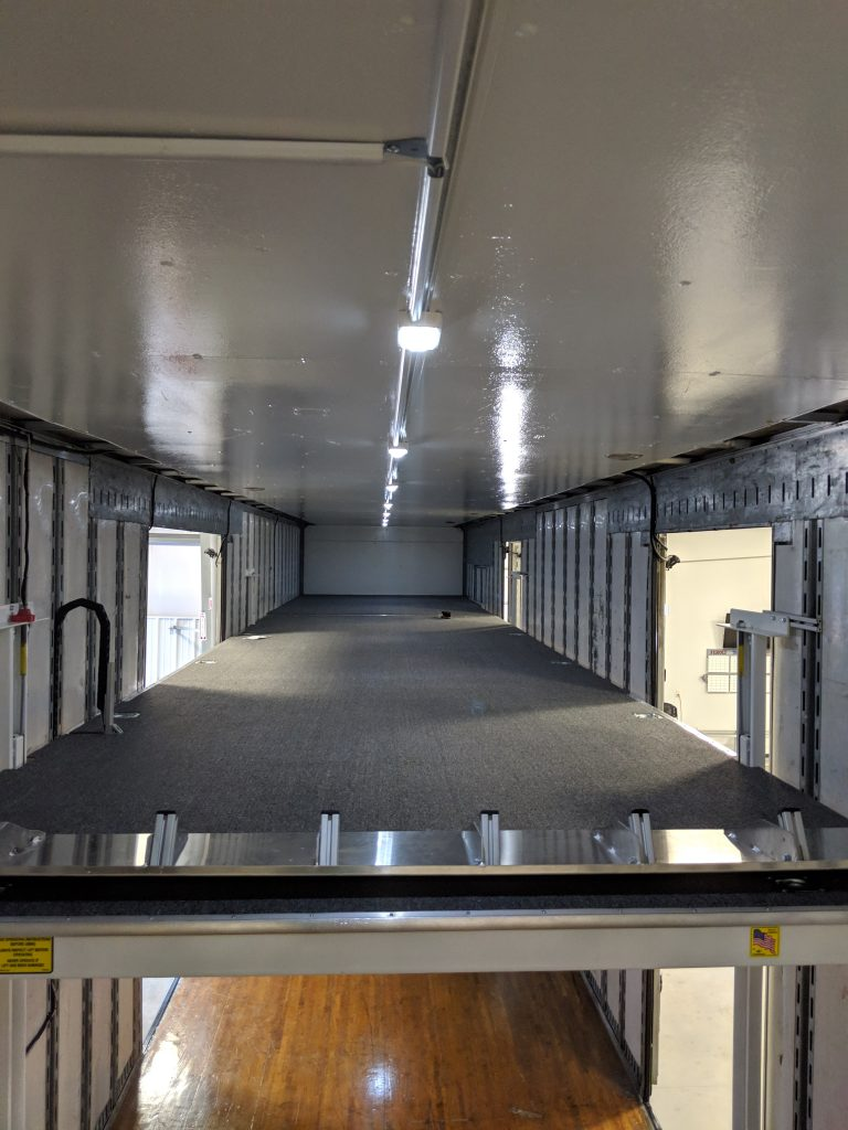 Elevator Moving Floor in Marching Band Semi Trailer